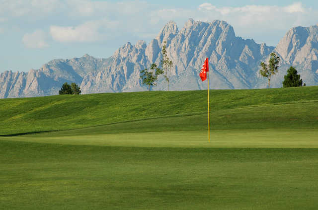 Mountains in background at new mexico state university golf course
